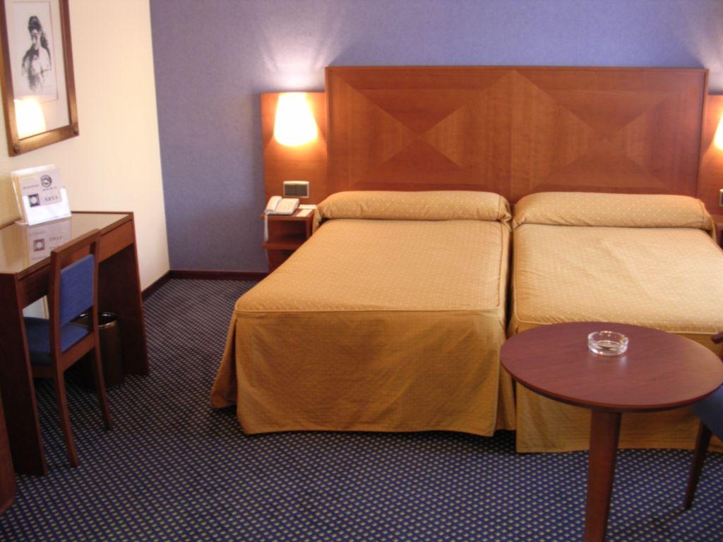 Torreluz Centro Hotel II