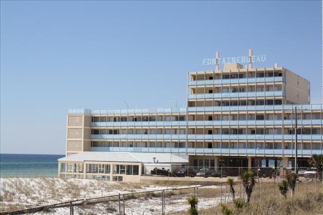 Fontainebleau Terrace