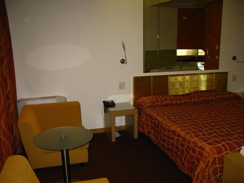 Grand Park Hotel-Motel
