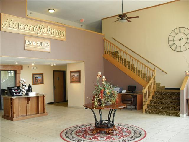 Howard Johnson Inn & Suites Chamberlain / Oacoma South Dakota