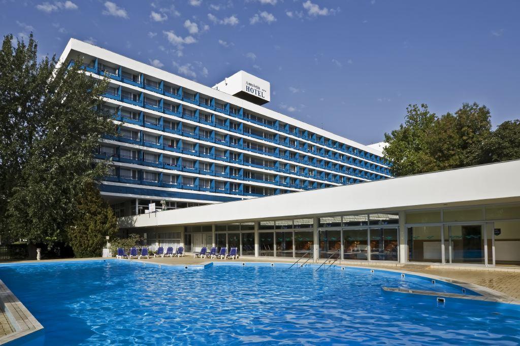โรงแรมแอนนาเบลลา