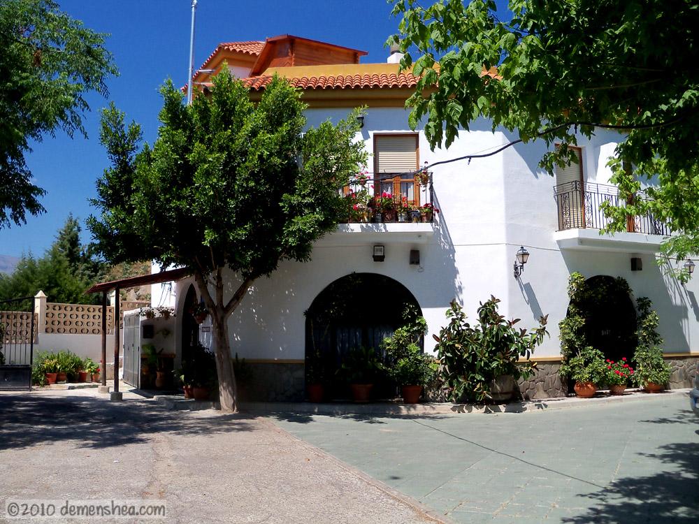 Hotel Restaurante - La Piscina