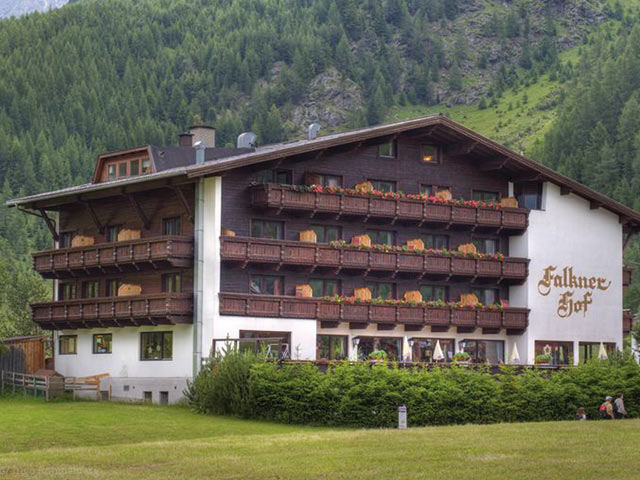 Hotel Bergidylle Falknerhof