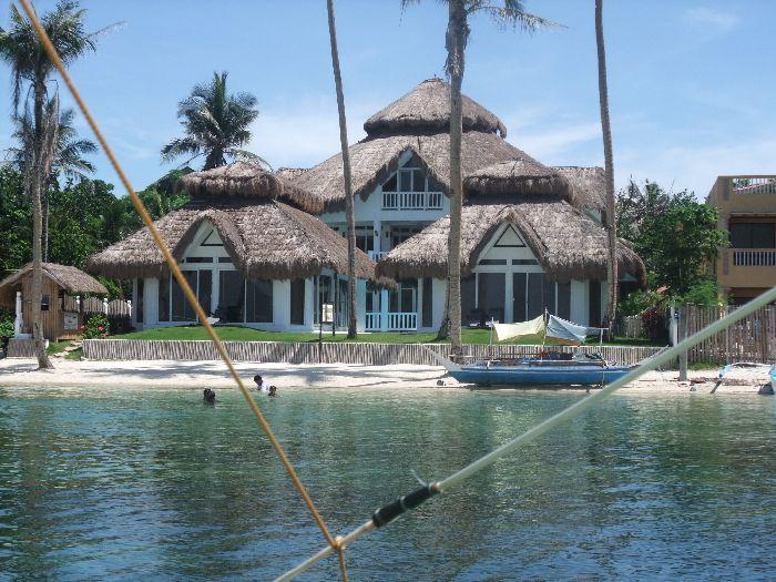 藍色瀉湖別墅酒店