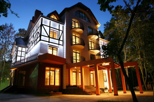 Lumier Art Hotel