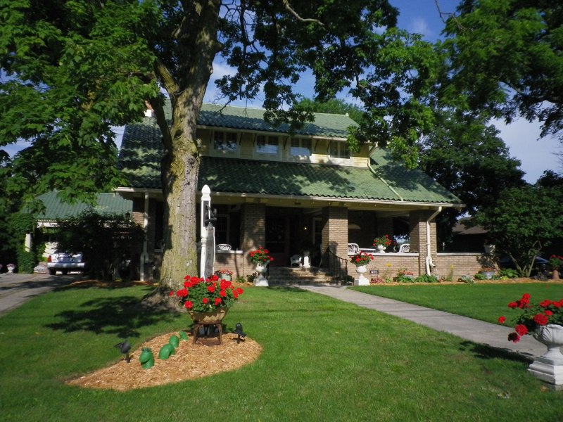 Hughes Inn Bed and Breakfast