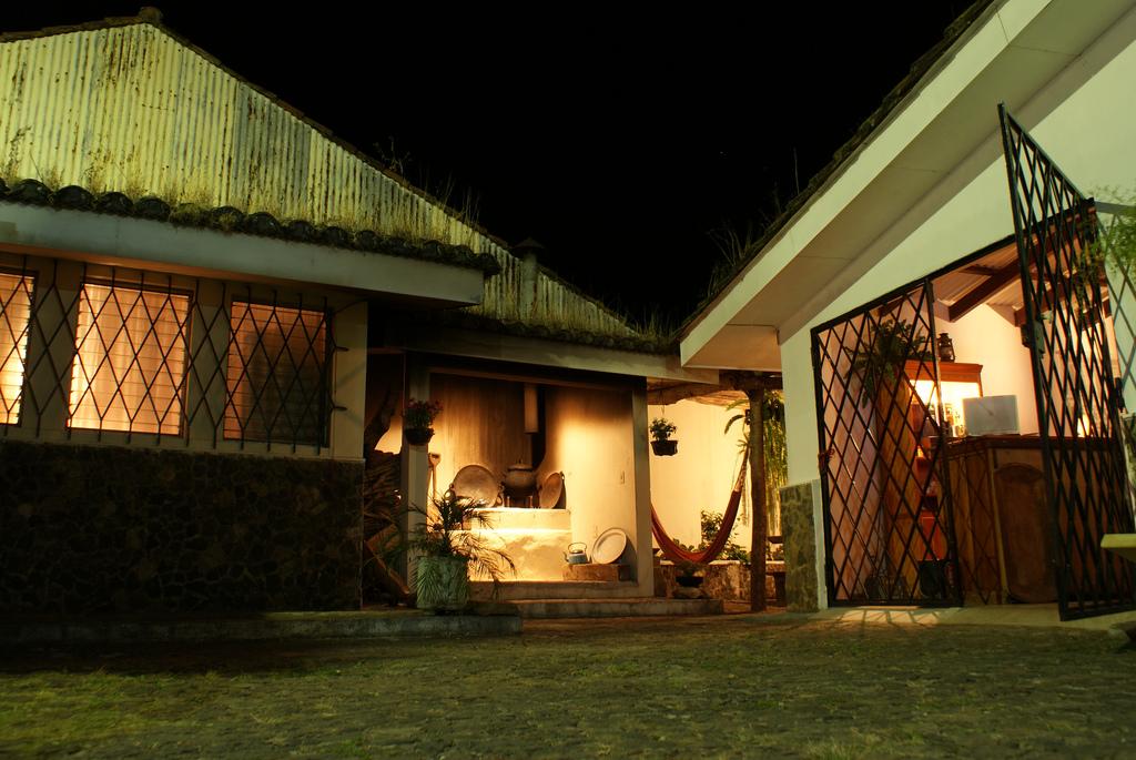 Hostal & Cafe Entre Piedras