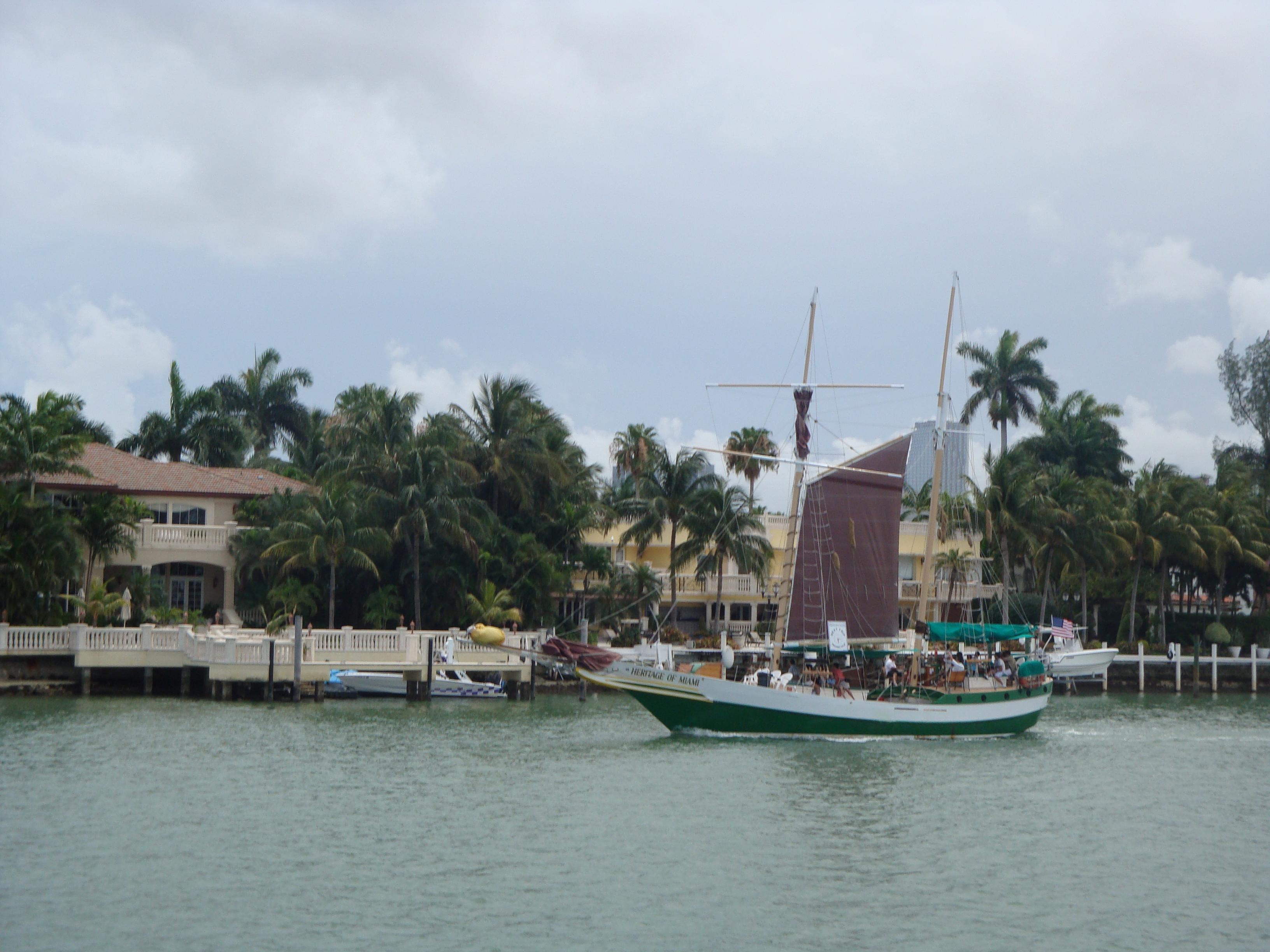 9.-Miami Beach: crucero entre islas- vista de mansiones