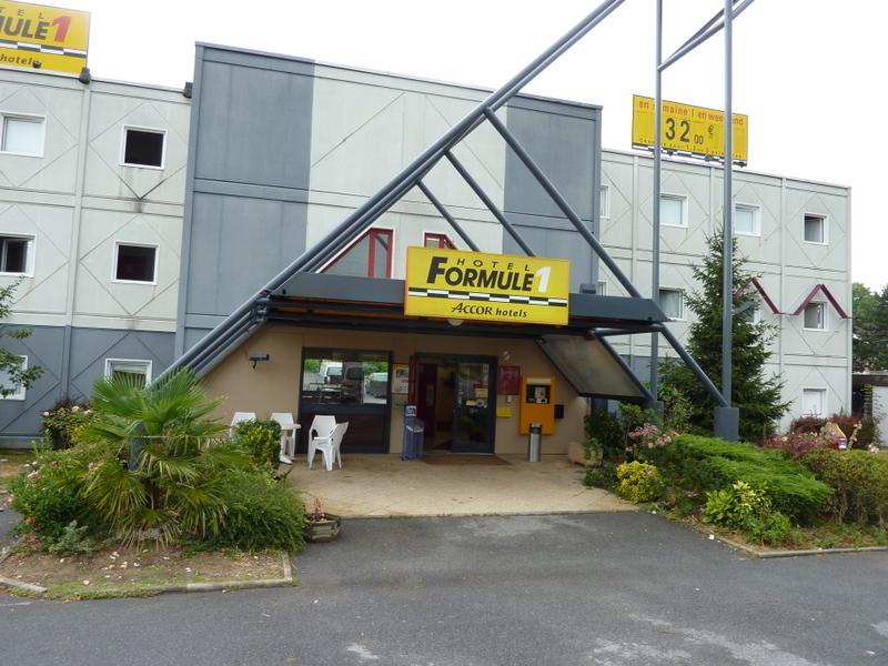 HotelF1 Bretigny sur Orge