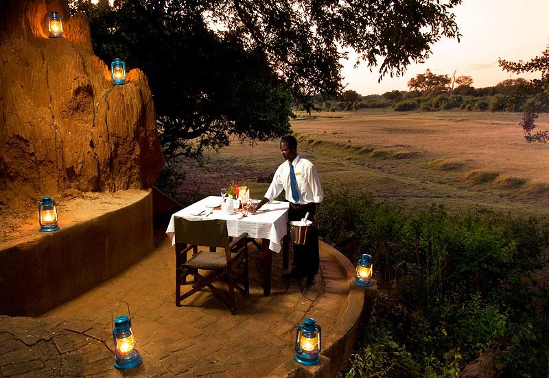 Kapani Lodge - Norman Carr Safaris