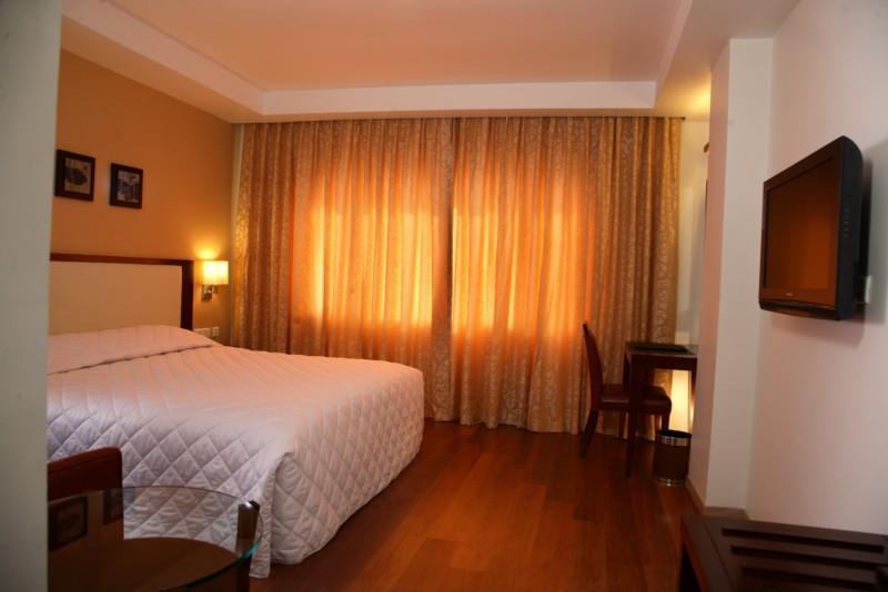 โรงแรมแกรนด์ การ์เดนเนีย