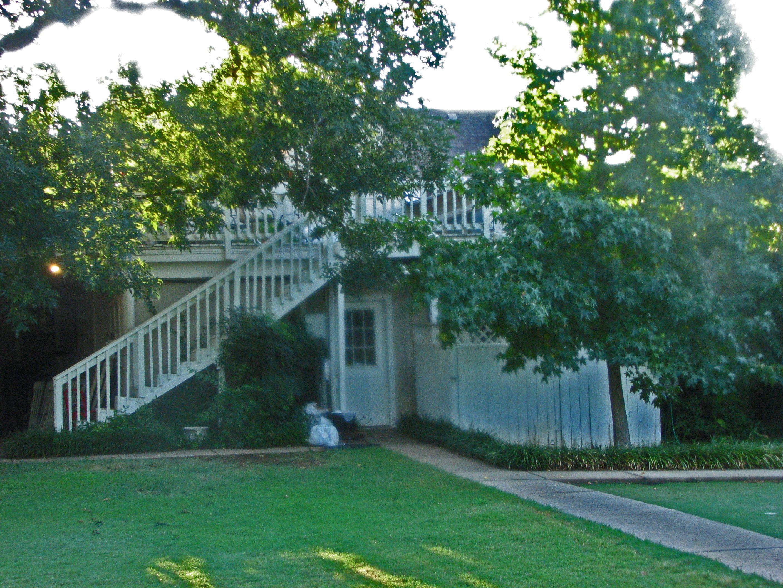Lindley House Garden Cottages