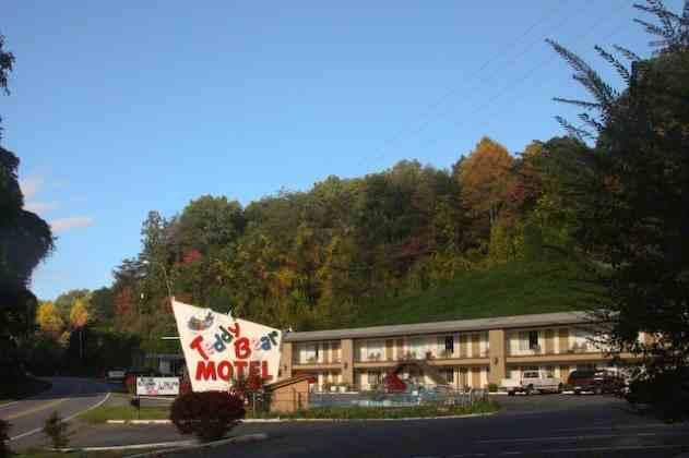 Teddy Bear Motel & Restaurant