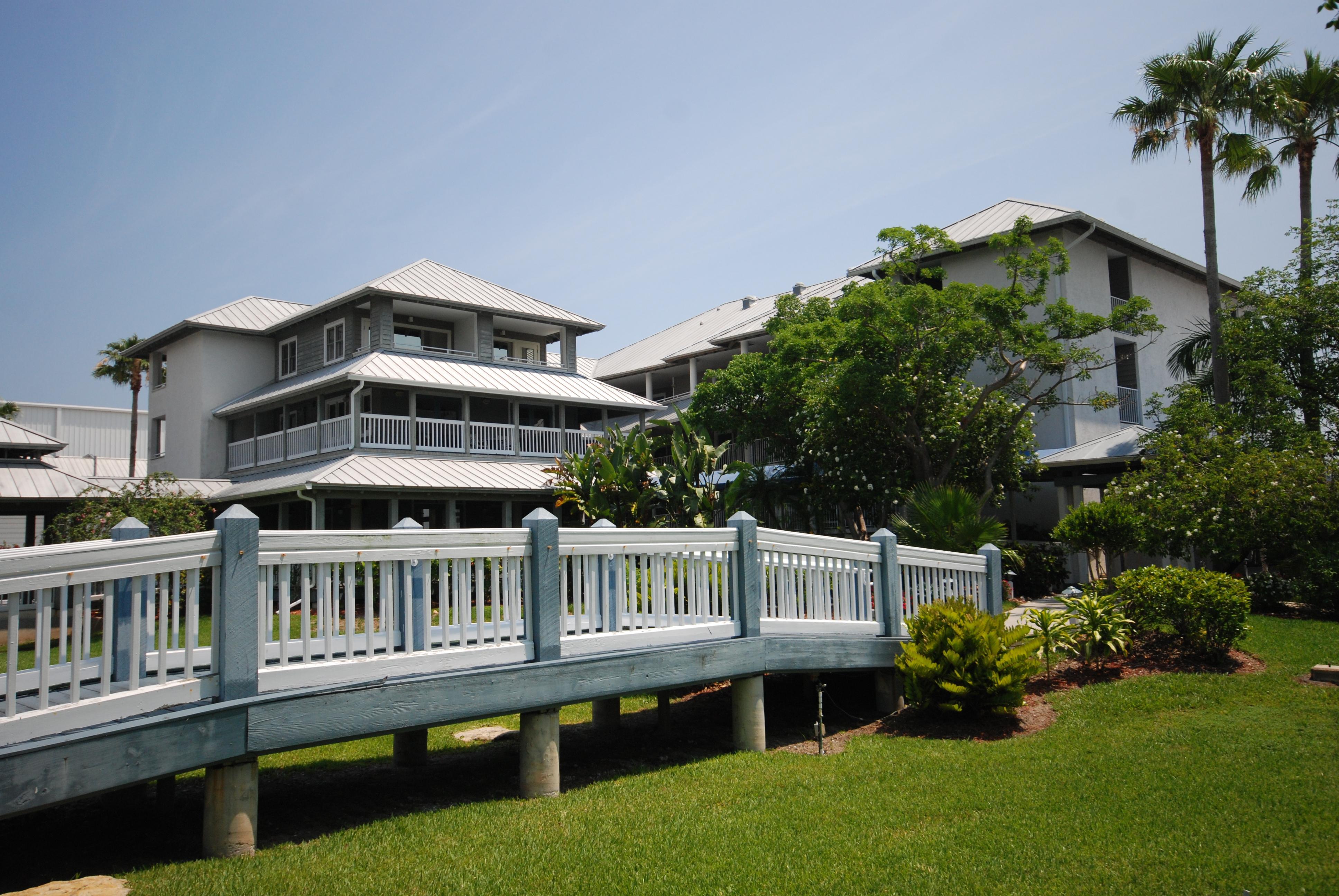 Pirate's Cove Resort and Marina