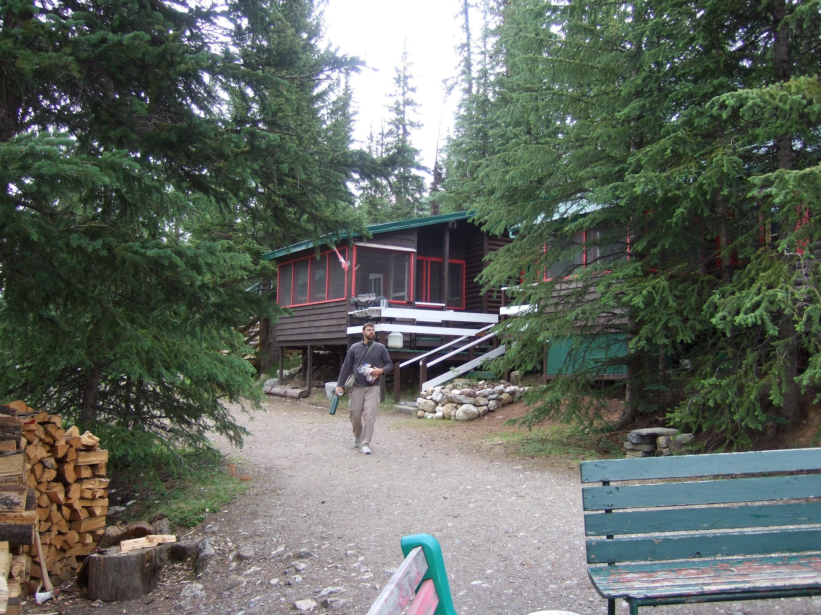 HI-Beauty Creek Wilderness Hostel