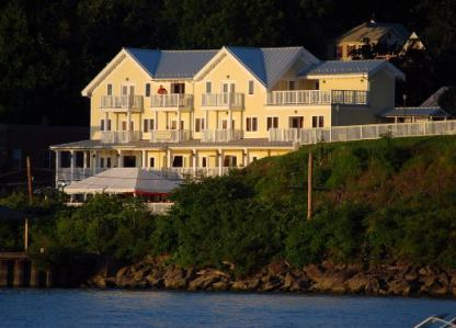 The Rhinecliff