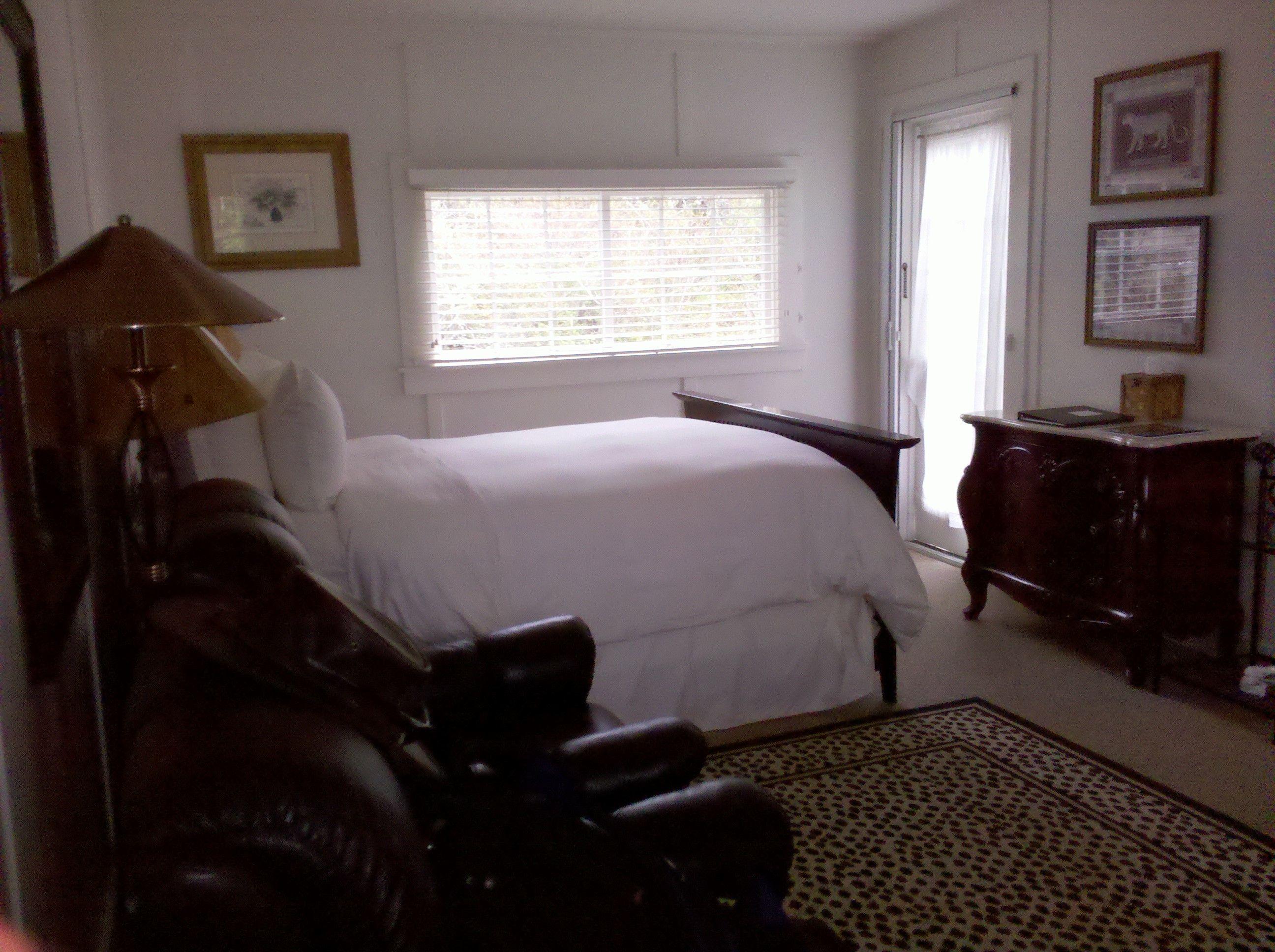 The Harbor House Inn
