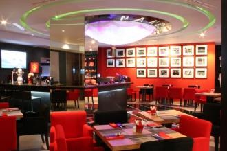 Champions Restaurant & Sports Bar