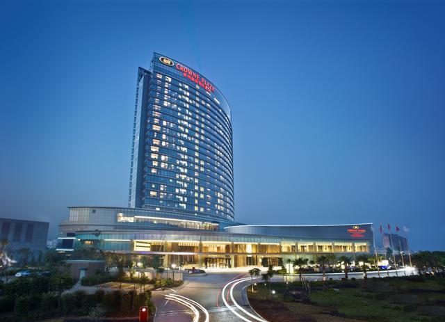 โรงแรมคราวน์พลาซ่าฮุ่ยโจว