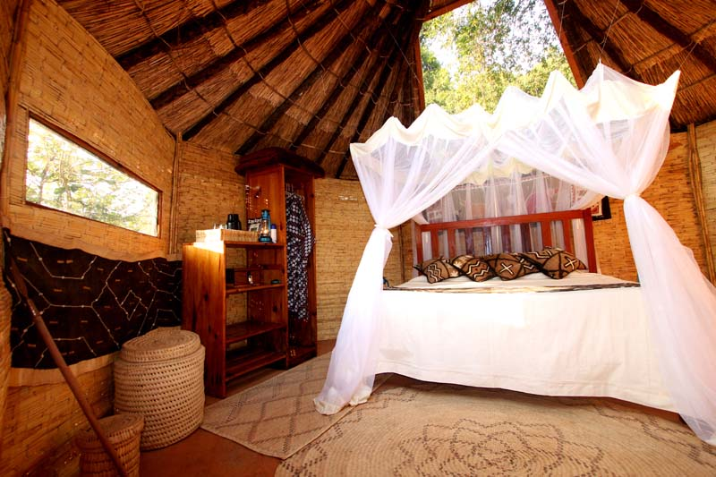 Shenton Safaris Mwamba Bush Camp