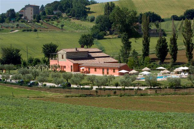 卡薩萊利賽維特農莊酒店