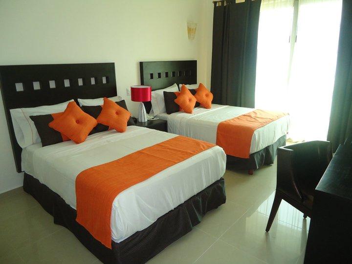 Playa Caracol Hotel