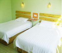 Yilong Binhai Hotel