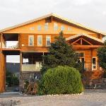 Snake River Log Bed and Breakfast