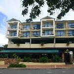 Photo of Airlie Beach Hotel