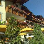 Photo of Ferienanlage Hotel Garni Larchenhof Lermoos