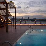 索兹博尔皇家公寓酒店