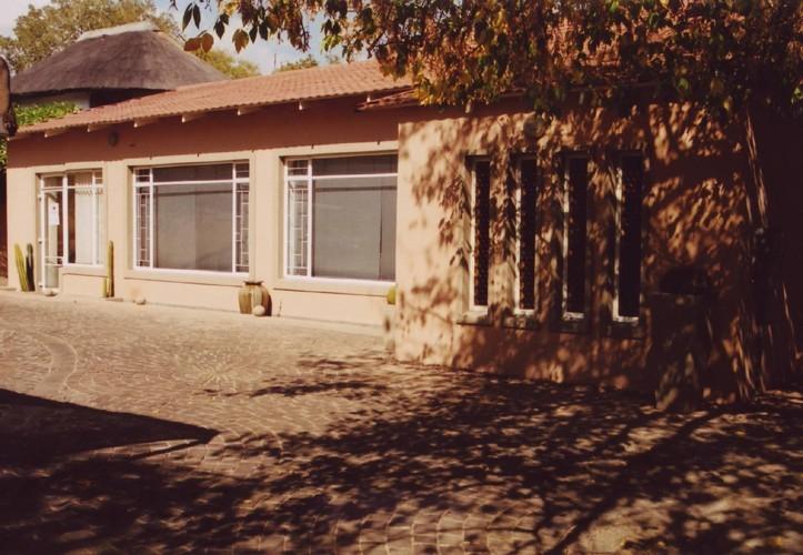 Crane's Nest Guest House @ 211