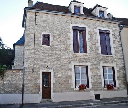 15 Place Voltaire