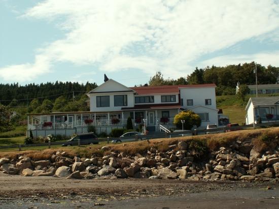 Hotel-Motel Grande-Vallee des Monts