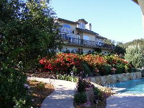 High Ridge Manor
