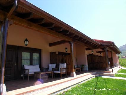 Apartamentos rurales El Pedrayu