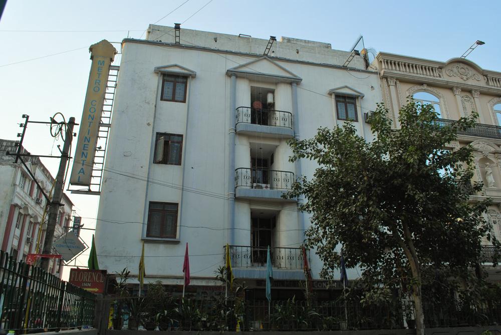 ホテル メトロ コンチネンタル