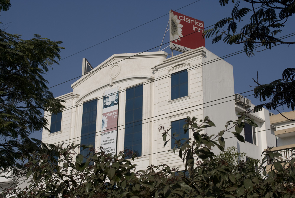 Karon Hotels Lajpat Nagar