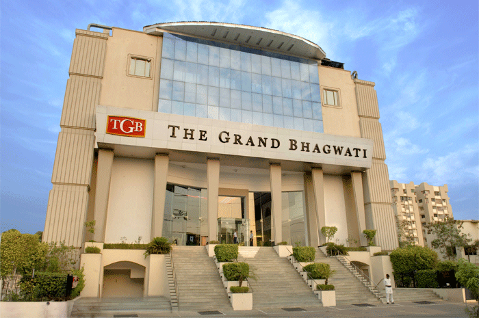 ‪The Grand Bhagwati‬
