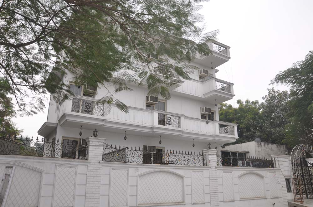 First Choice Guest House