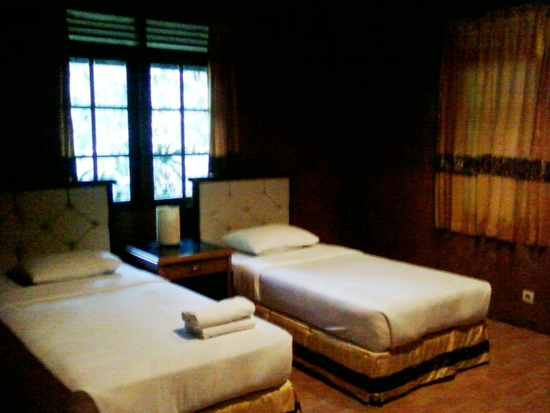 Taman Safari Lodge