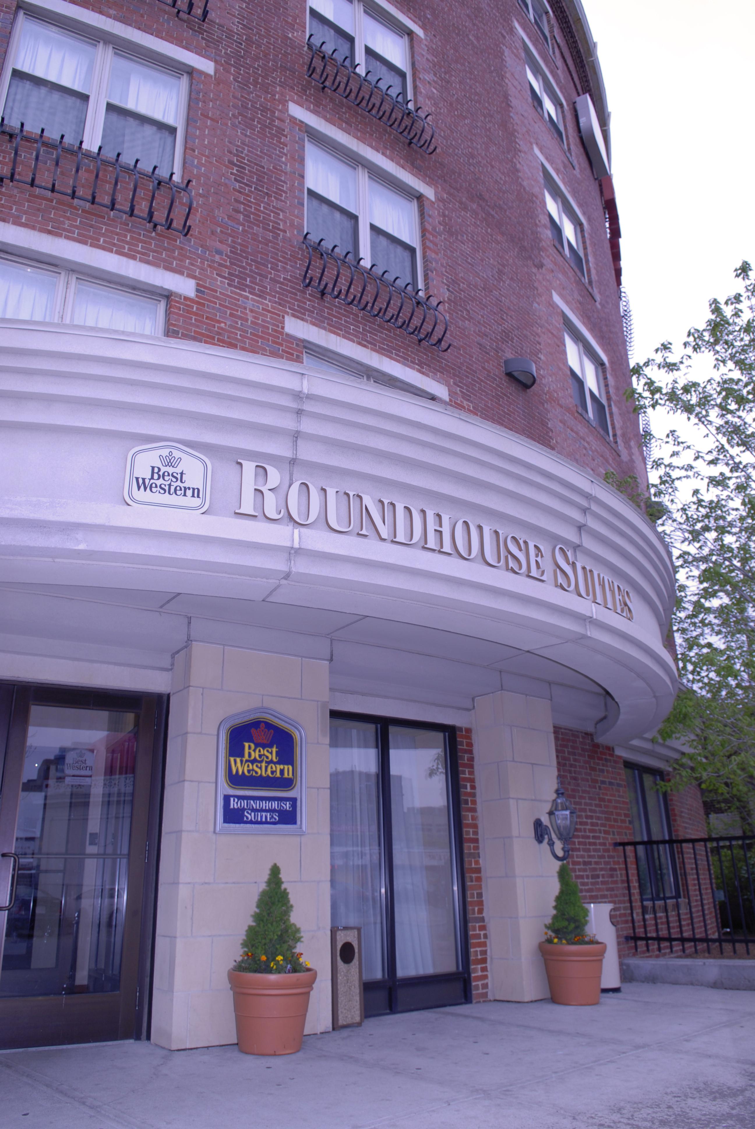 BEST WESTERN PLUS Roundhouse Suites