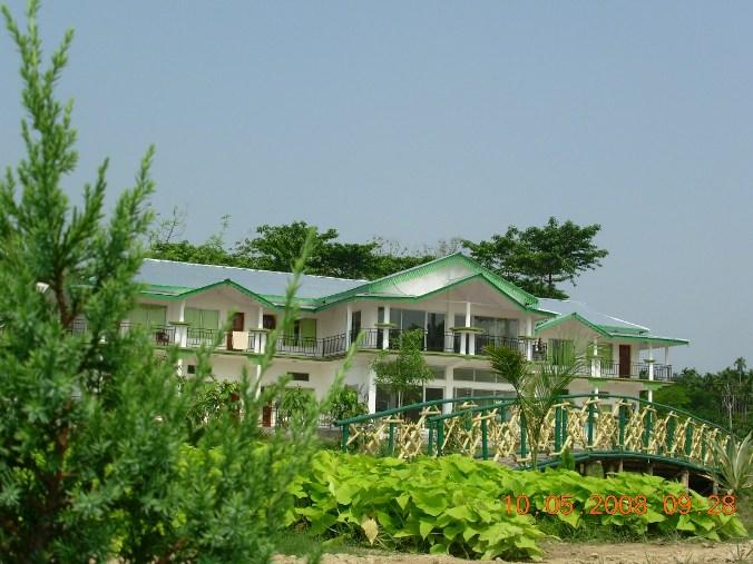 Green Lagoon Hotel & Resort - Lataguri (Dooars)