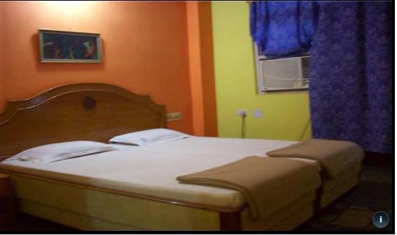 Hotel Arya Palace