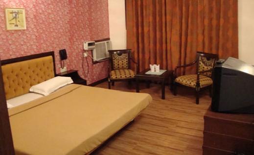 Khanna Palace Hotel