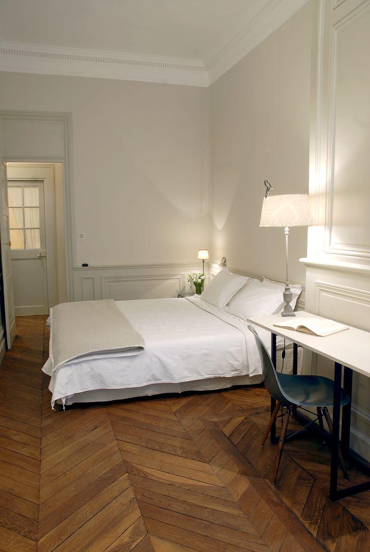 La chambre d 39 hugo b b lyon voir les tarifs 53 avis et 58 photos for Lyon chambre