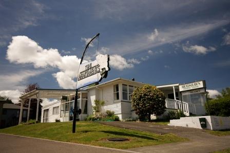 Bradshaw's Travel Lodge
