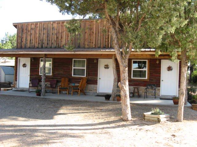 The Cedar Tree Inn
