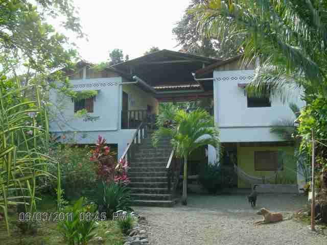 Casa Faya Lobi