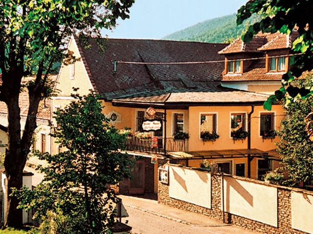 Gasthof-Pension Leopold Janu
